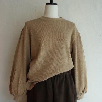 oshima-rei-gather-sleeve-pullover